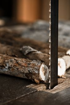 Free Sawing Wood Logs By Bandsaw Stock Images - 20154724