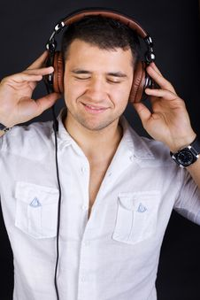 Free Sexy Male DJ Royalty Free Stock Images - 20163449