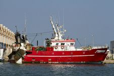 Free Red Fishing Boat Royalty Free Stock Photography - 20163597