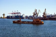 Tug Boat In The Bay Of Odessa Port Stock Photography