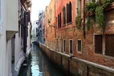 Free Venetian Street Stock Images - 20164814