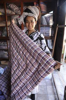 Free Women Hair Asia Pretty Duvet Dreadlock Hold Stock Image - 20165101