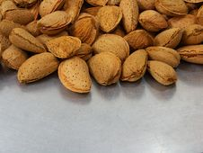 Free Almonds Stock Image - 20177131