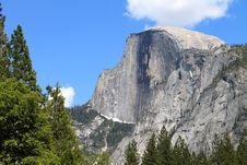 Free Half Dome In Summer Stock Photos - 20179773