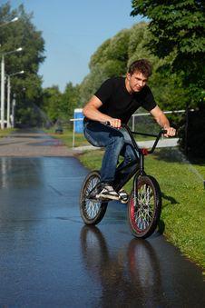 Free Boy Riding   On Street  Bmx Stock Photo - 20184350