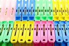 Free Colorful Clothes Pins Royalty Free Stock Photos - 20186298