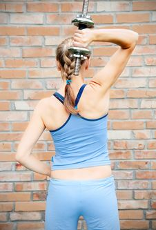 Free Young Woman In Sport Wear Exercising In Sport Club Royalty Free Stock Photo - 20194955