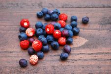 Free Berries On The Table Royalty Free Stock Image - 20195226