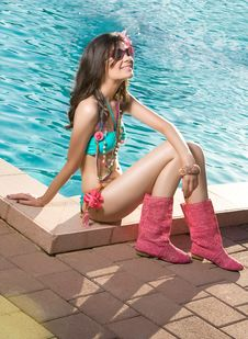 Free Woman By The Pool Royalty Free Stock Photos - 20197028