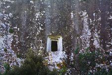 Free Prehistoric Grave Royalty Free Stock Photos - 2021098