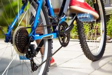 Free Side View Of A Cycle With Front Wheel Stock Photos - 20203203