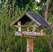 Free Wooden Bird Feeder Stock Photography - 20207192