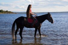 Free A Girl With Flowing Hair On A Horse Royalty Free Stock Photo - 20226715