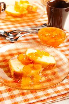 Free Pound Cake And Kumquat Marmalade Royalty Free Stock Image - 20228656