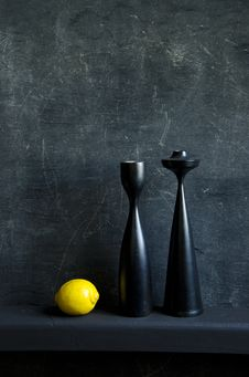 Free Black Still-life With Lemon Royalty Free Stock Photos - 20231738