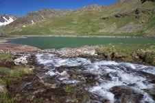 Free Black Lake Stock Images - 20235404