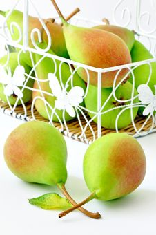 Free Pears Royalty Free Stock Photo - 20237875