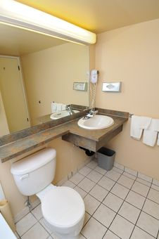 Free Typical Hotel Toilet Royalty Free Stock Images - 20239969