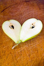 Free Pear On The Wood Table Royalty Free Stock Photography - 20244127