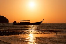 Free Longtail Boat And Sunset Royalty Free Stock Photography - 20240887