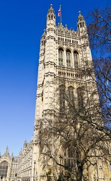 Free London, The Parliament Under The English Blue Sky Stock Photography - 20242192