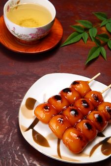 Free Dango And Tea Royalty Free Stock Photography - 20242197