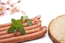 Free Mead Sausage With Mint Royalty Free Stock Images - 20242569