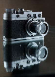 Free Old Rangefinder Camera. Reflection. Stock Images - 20245204