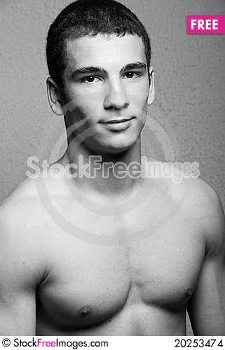 Free Muscular Young Man Stock Images - 20253474