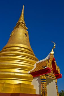 Golden Pagoda Koh Samui Royalty Free Stock Image