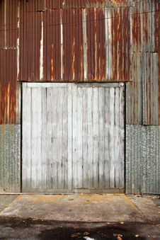 Free Old Wood Door Royalty Free Stock Photography - 20253927