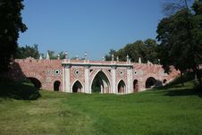 "Free Museum - Reserve ""Tsaritsyno"". Large Bridge. Royalty Free Stock Photos - 20256138"
