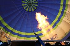 Free Hot Air Balloon With Bright Burning Gas Flame Royalty Free Stock Photo - 20259365