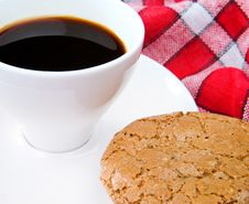 Free Cup Of Tea And Cookie Royalty Free Stock Photo - 20259375