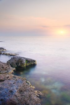 Free Sea And Rock At The Sunset. Stock Image - 20259621