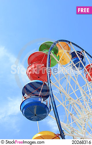 Free Attraction Ferris Wheel Royalty Free Stock Image - 20268316