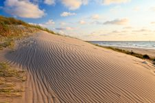 Free Sand Dunes With Helmet Grass Stock Photography - 20261262