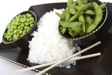Free Edamame Soy Beans With White Rice In A Brown Ceram Royalty Free Stock Photo - 20261575