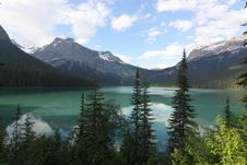 Free Emerald Lake Stock Photos - 20275963