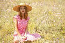 Free Retro Style Girl At Countryside Royalty Free Stock Image - 20276636