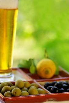 Free Beer Glass With Olives Stock Image - 20277381