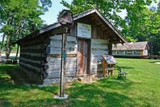 Free 1834 Log Schoolhouse No.5 Royalty Free Stock Images - 20277539