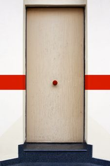 Free Red Button On The Door Royalty Free Stock Images - 20277749