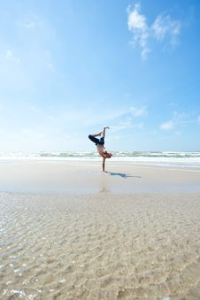 Free Man On The Beach Royalty Free Stock Photos - 20277898