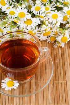 Free Glass Cup With A Camomile Tea Stock Photos - 20278043