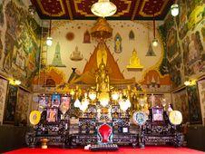 Free Ubosot Of Wat Indra Viharn Temple , Bangkok Stock Photography - 20279292