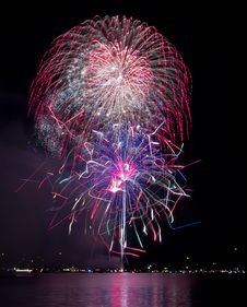 Free Colorful Fireworks Over The Lake Stock Images - 20279904