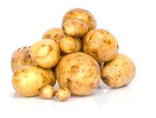 Free Fresh Potatoes On A White Stock Photography - 20290532