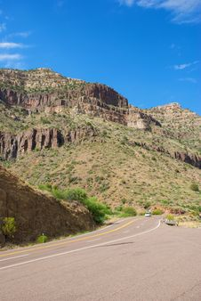 Free Desert Mountain With Blue Sky And Road Royalty Free Stock Photos - 20291888