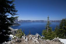 Free Crater Lake With Snow Royalty Free Stock Photography - 20292727